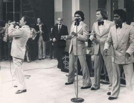 Cheo Garcia cantando con Billo´s Caracas Boys